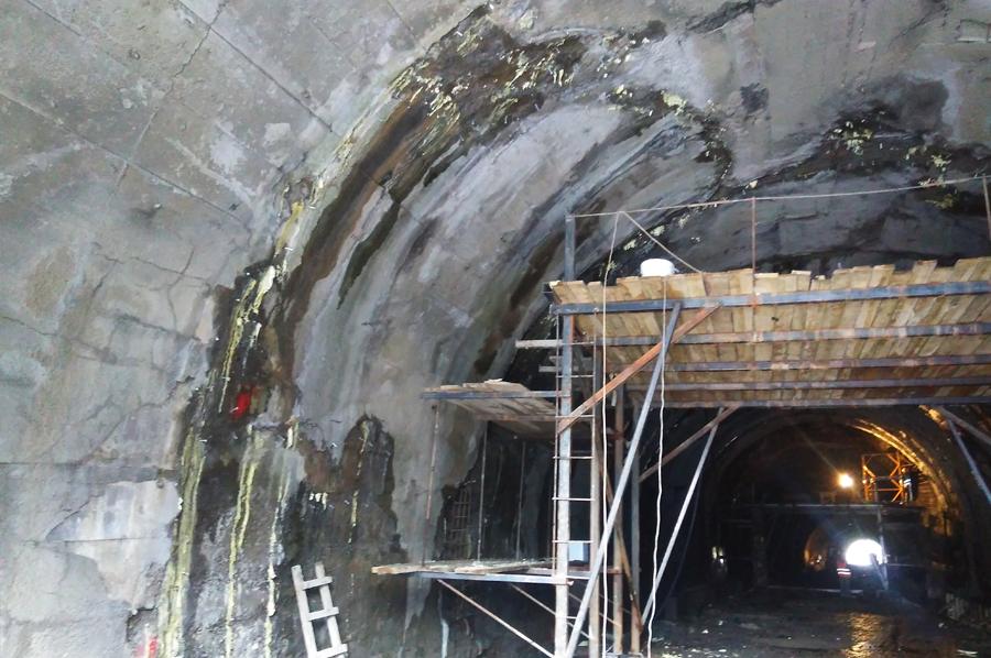Гидроизоляция (инъектирование смолами) тоннеля