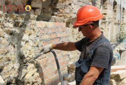 Инъектирование пустот и трещин специальным цементных составов Минотоп 25