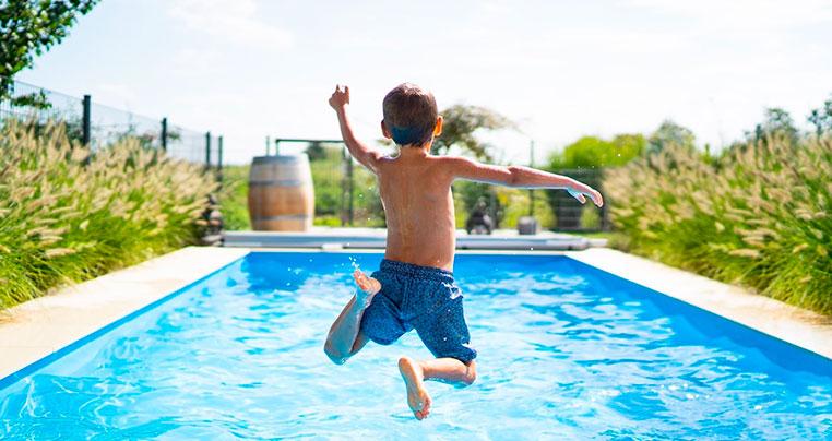 Гидроизоляция бассейна - виды материалов, технологии гидроизоляции.