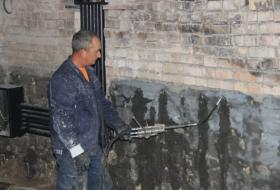 Гидроизоляция кирпичного фундамента в Киеве