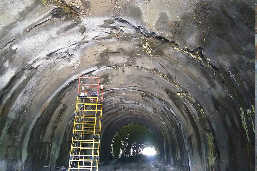 Остановка протекания в тоннеле в Запорожье