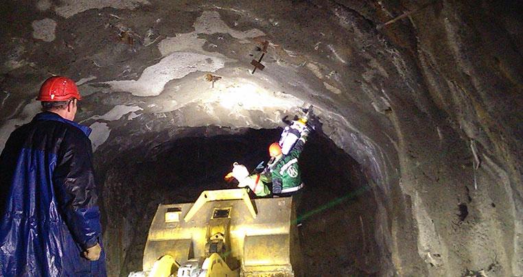 Цементация, заполнение и укрепление проходки вертикальных стволов шахт и рудников